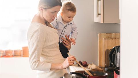 Qu'implique l'allergie aux protéines de lait de vache pour les parents?